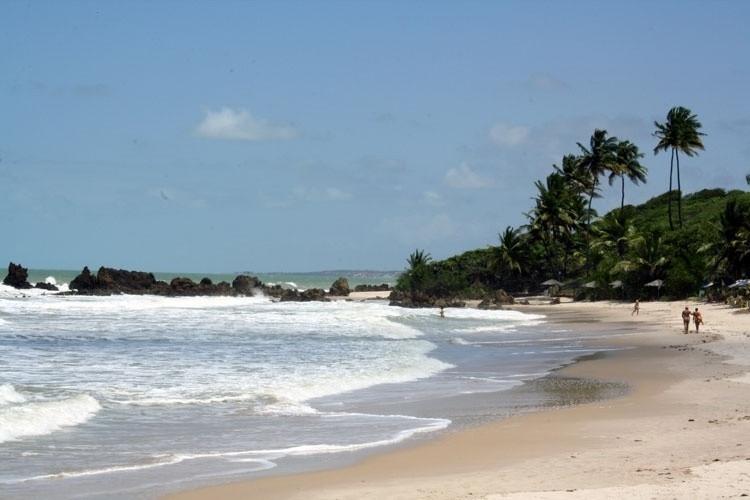 praia de tambaba conde paraiba nudismo