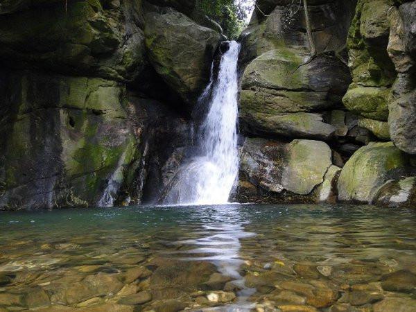 cachoeira das andorinhas aldeia velha rj