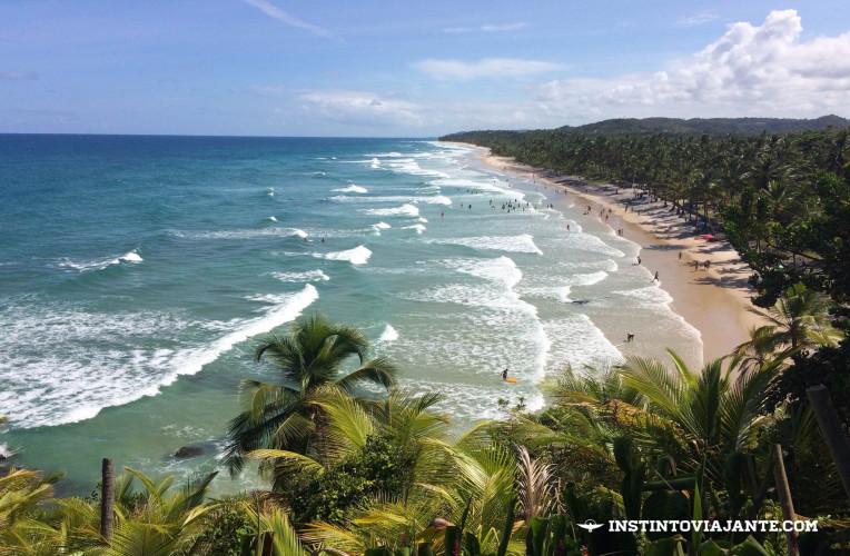 Chegada em Itacarezinho para quem chega de carro, desde a estrada. Para nós, a saída do passeio das 4 praias.