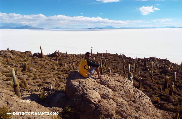 trilha isla incahuasi salar de uyuni bolivia