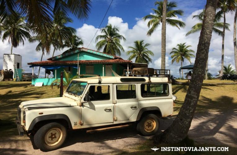 Veículos 4X4 fazem o passeio para Maraú e Taipu de Fora saindo de Itacaré e outras localidades da Bahia.