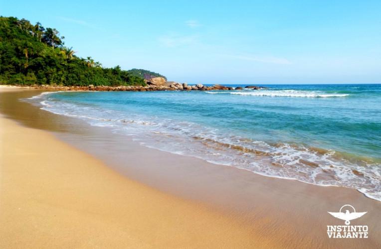 Praia de Antigos, ao lado da praia do Sono, Paraty.