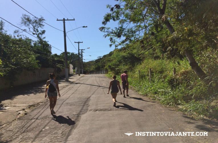 Rua São Vicente Palloti, subida que leva até o início da trilha das Andorinhas.