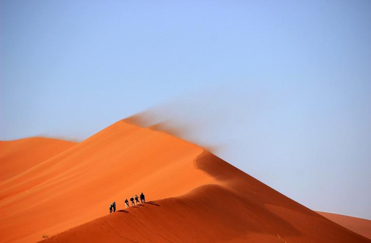 sand dunes 691431_1280