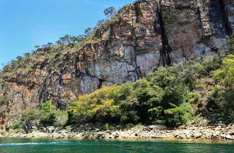 Melhores lugares para escalar em Minas Gerais - Lago furnas