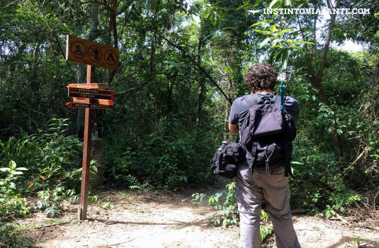 Sinalização da travessia Tupinambá em Niterói