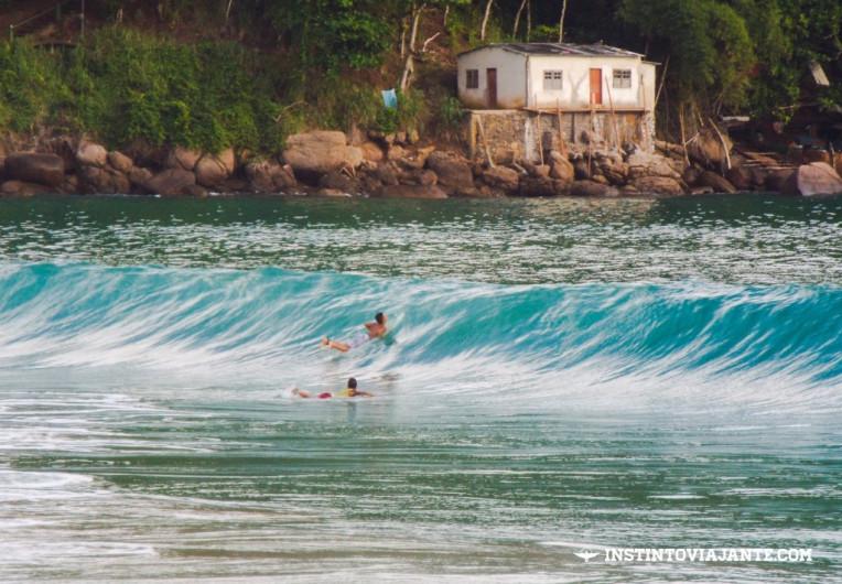 Surfe em Provetá, em Ilha Grande/RJ