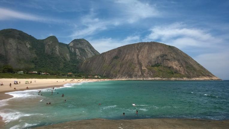 Praia de Itacoatiara, Niteroi-RJ - Melhores picos de surfe no Brasil