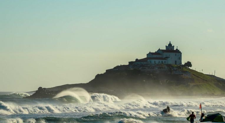 Praia de Itaúna, Saquarema-RJ - Melhores praias brasileiras para surfar