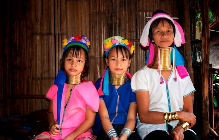 Mulheres girafas Tailândia tribo Karen Kayin Kayan Padaung