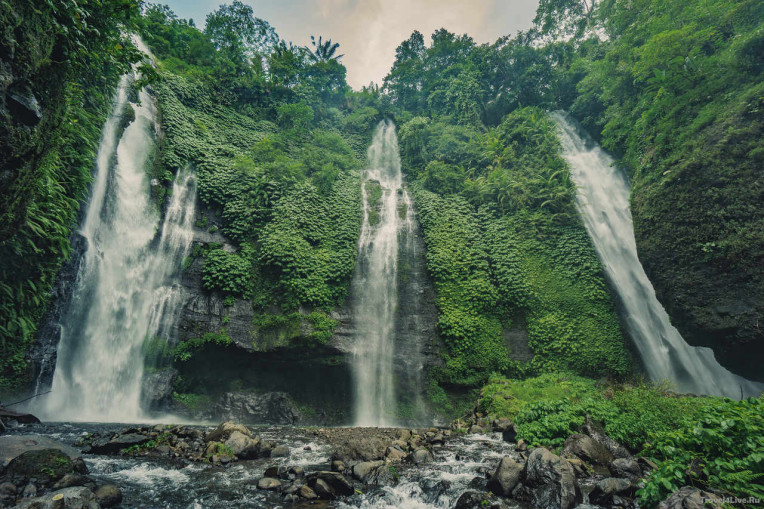 O que fazer em Bali - Indonesia - CachoeiraSekumpul Waterfall- Singaraja