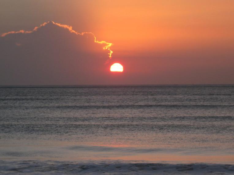 O que fazer em Bali - Indonesia - Por do sol na praia de Jimbaran beach
