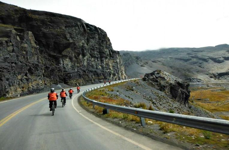 Downhill na Estrada da Morte