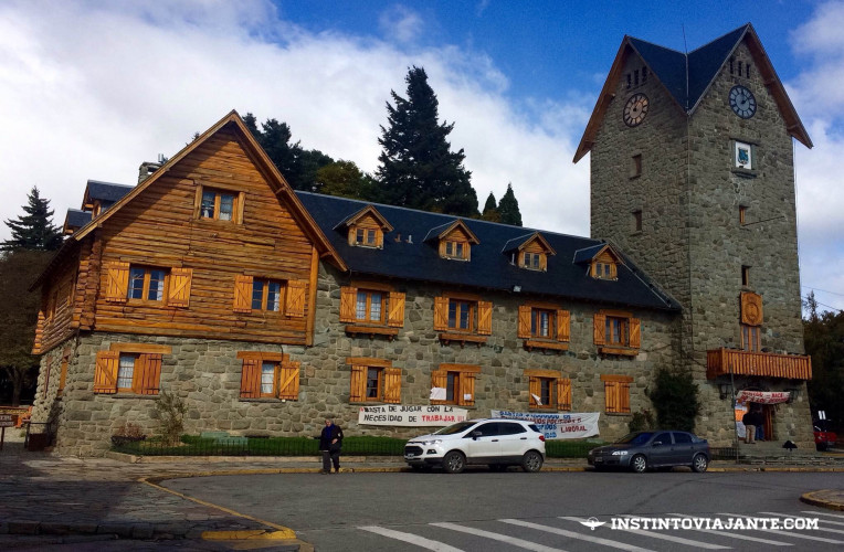 Centro Cívico, Bariloche, Patagônia argentina - Instinto Viajante